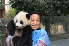 BD_Han-Meilin-at-the-China-Conservation-and-Research-Center-for-the-Giant-Panda-©-Han-Meilin-Art-studio
