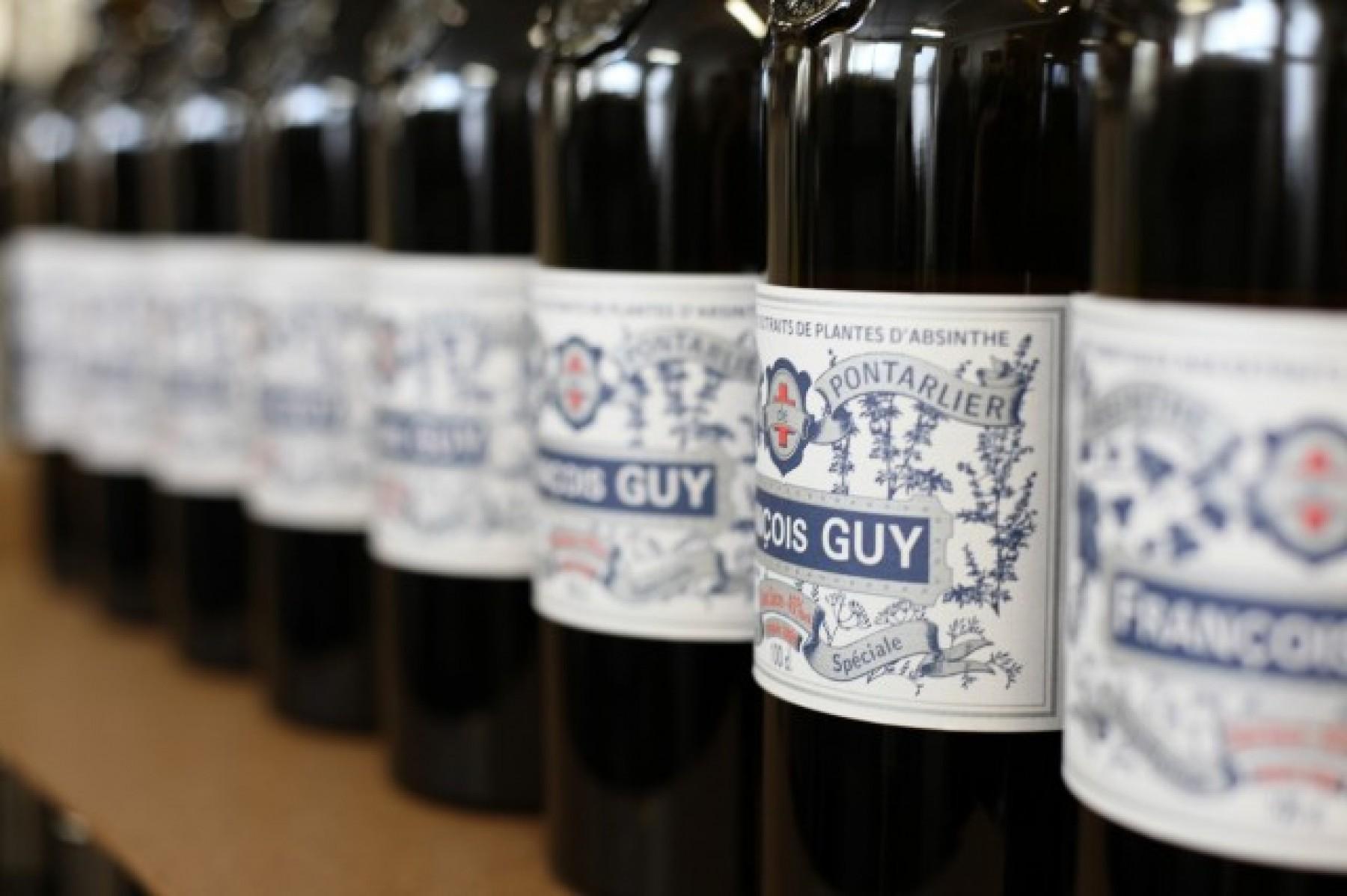 bouteilles-absinthe.-111831-1920x0-1