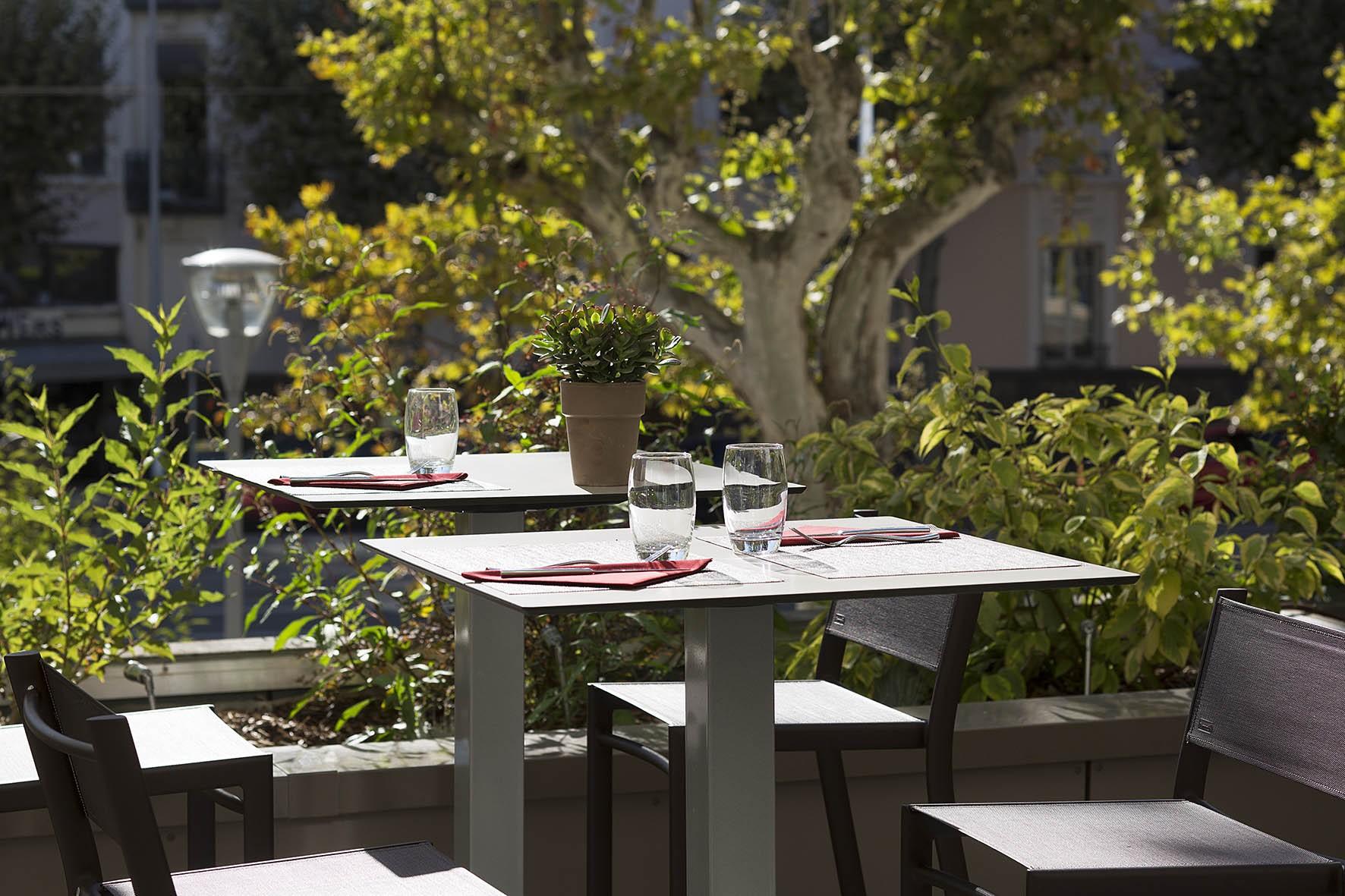 oceania-clermont-ferrant-restaurant-44-bd